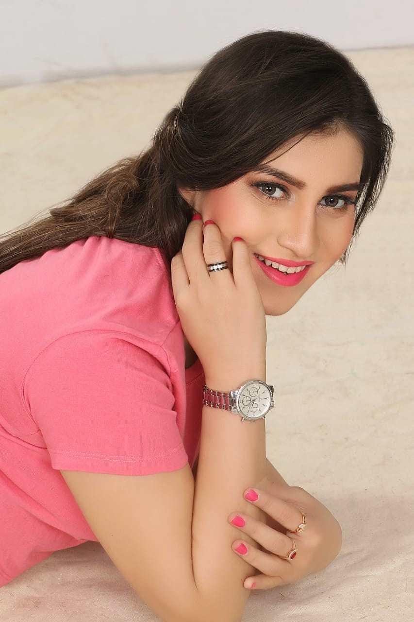 Maham +923232944944 Call Girls in Karachi - VIP Service